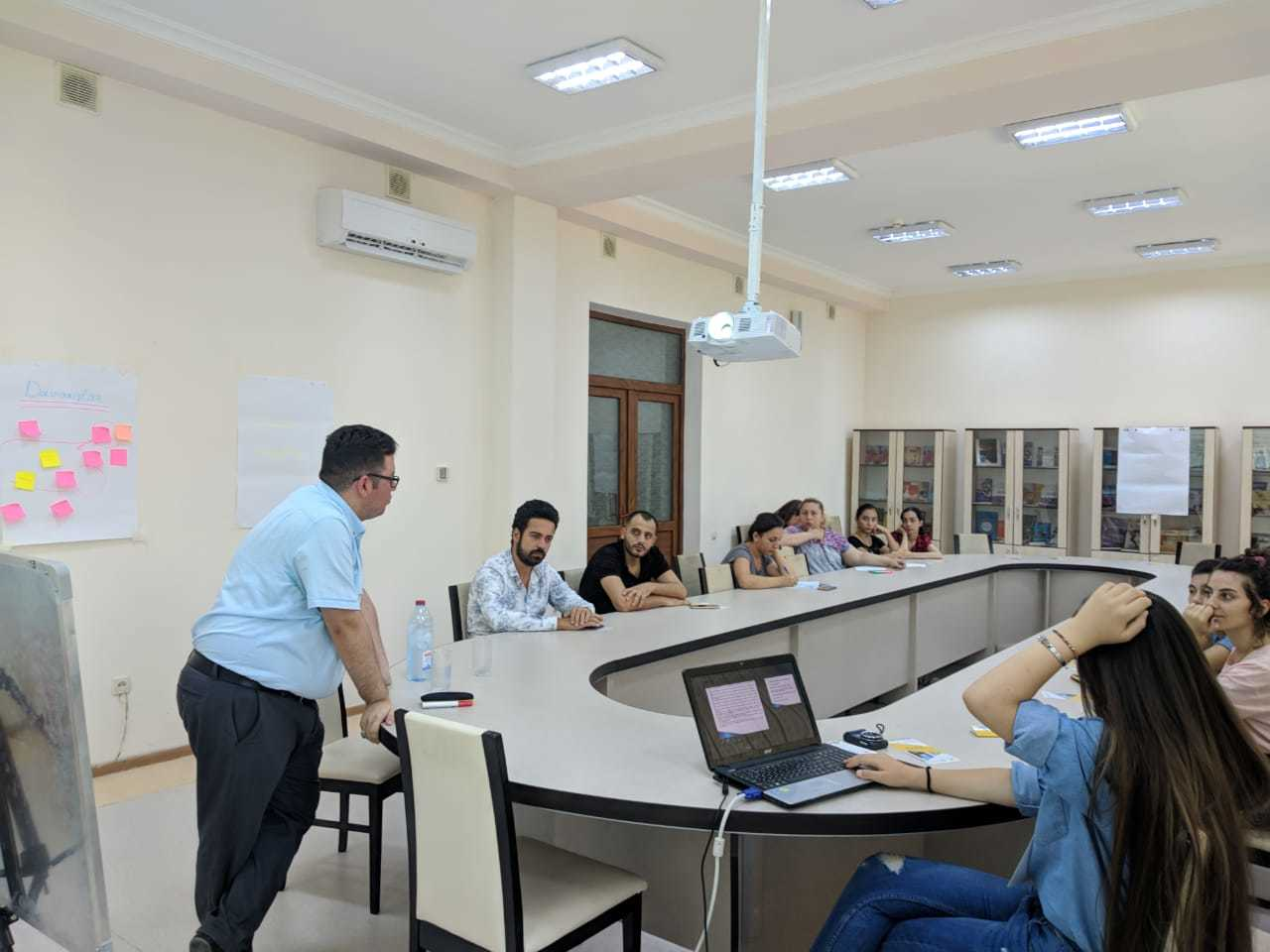 azerbaycan-tanitim2 Yazarımız Aslan Azimzadeh, Azerbaycan Mingeçevir'de Tanıtımımızı Gerçekleştirdi