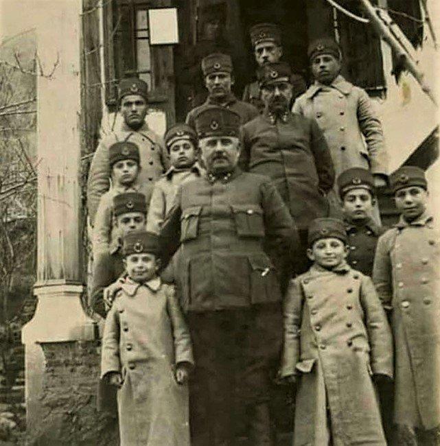 Kurtuluş Mücadelesinin Eğitime Gönül Vermiş Bir Komutanı: Kazım Karabekir Paşa